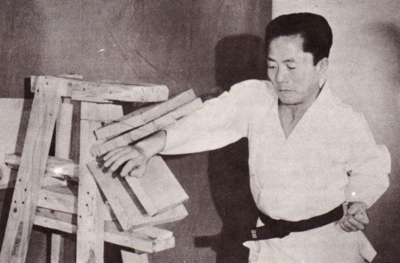General Choi Hong Hi - La historia del taekwondo