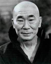 Phillip ahn hijo de DOSAN como kan en Kung Fu