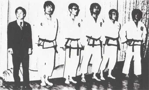 equipo de demostración de taekwondo